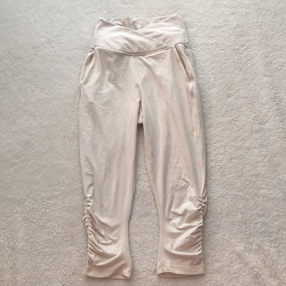 766acb2d71dfe9 lululemon athletica Pants   Lululemon Offwhite High Waisted Cropped ...